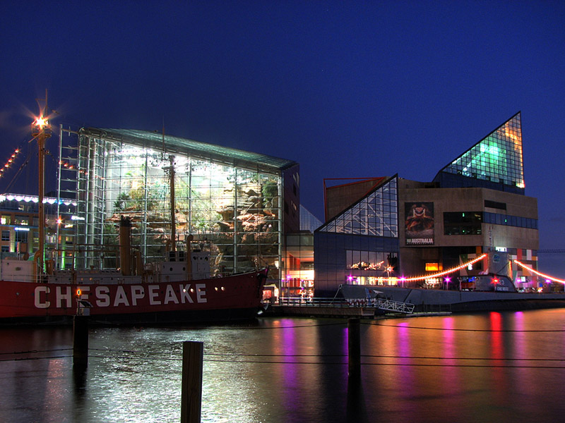 http://rocket9.net/images/Baltimore_Aquarium_At_Night.800.jpg